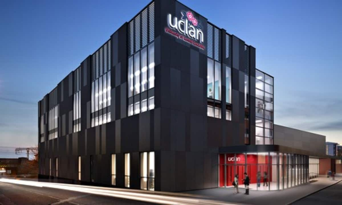 UCLAN BSc (Hons) in Business Computing and Information Systems - 18 Months, LSBR, UK